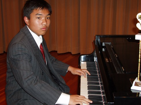 Robert Nguyen Graduated
